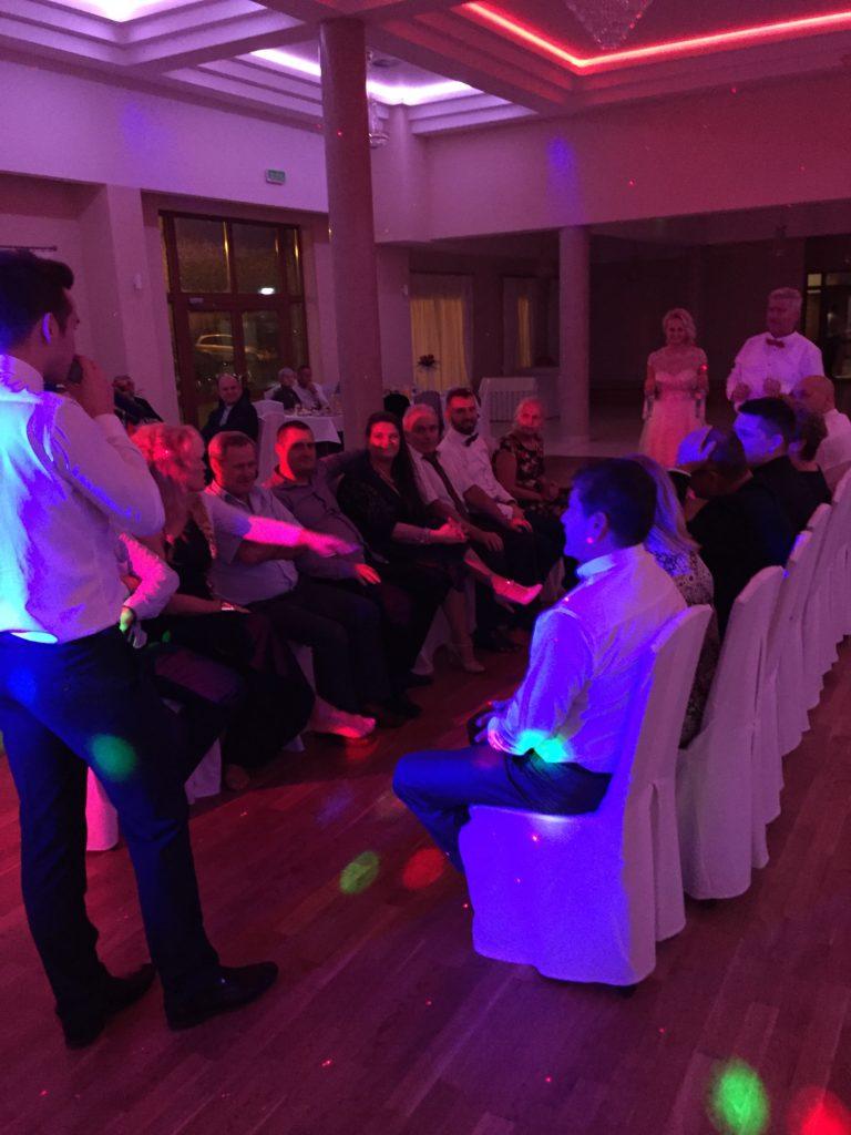 Idealna zabawa weselna. wynajem białego audi na ślub. animatorka na weselu. Pomysły na wesele, Polecam DJ Trikmen. Samochody do ślubu
